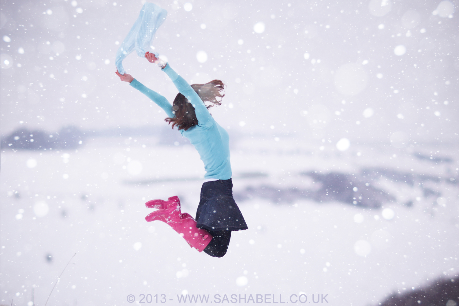 Jumping in the Snow – Day 118/365